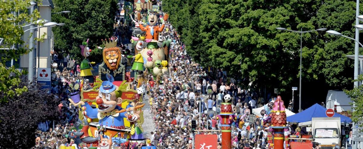 Carnaval de cholet office de tourisme du choletais - Office du tourisme de cholet ...