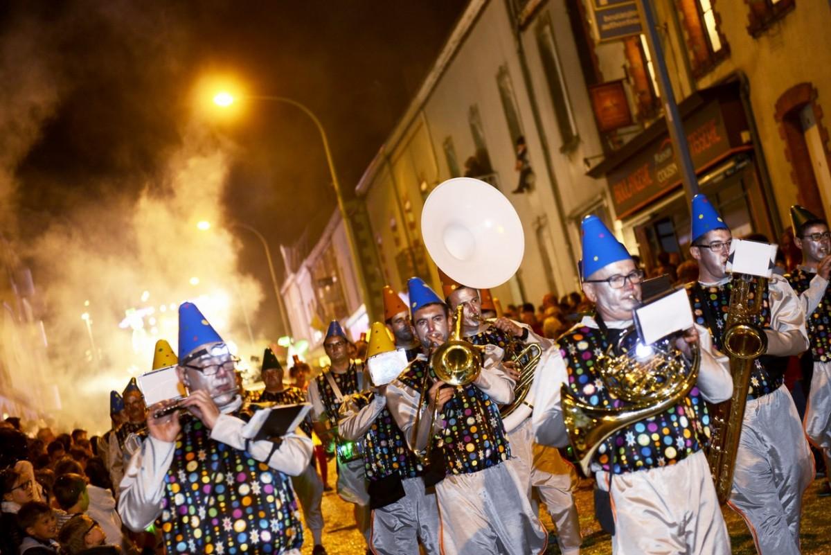 Cholet tourisme carnaval de nuit 100ème édition tradition événement