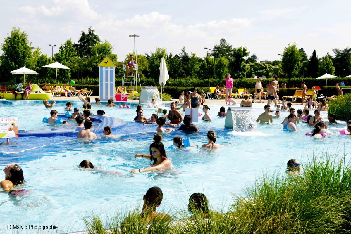 Cholet tourisme glisseo piscines patinoires toboggans pentagliss extérieur