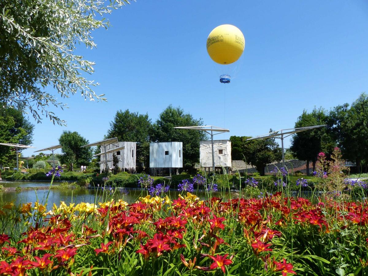 Cholet tourisme puy du fou les épesses terra botanica angers parc à thème
