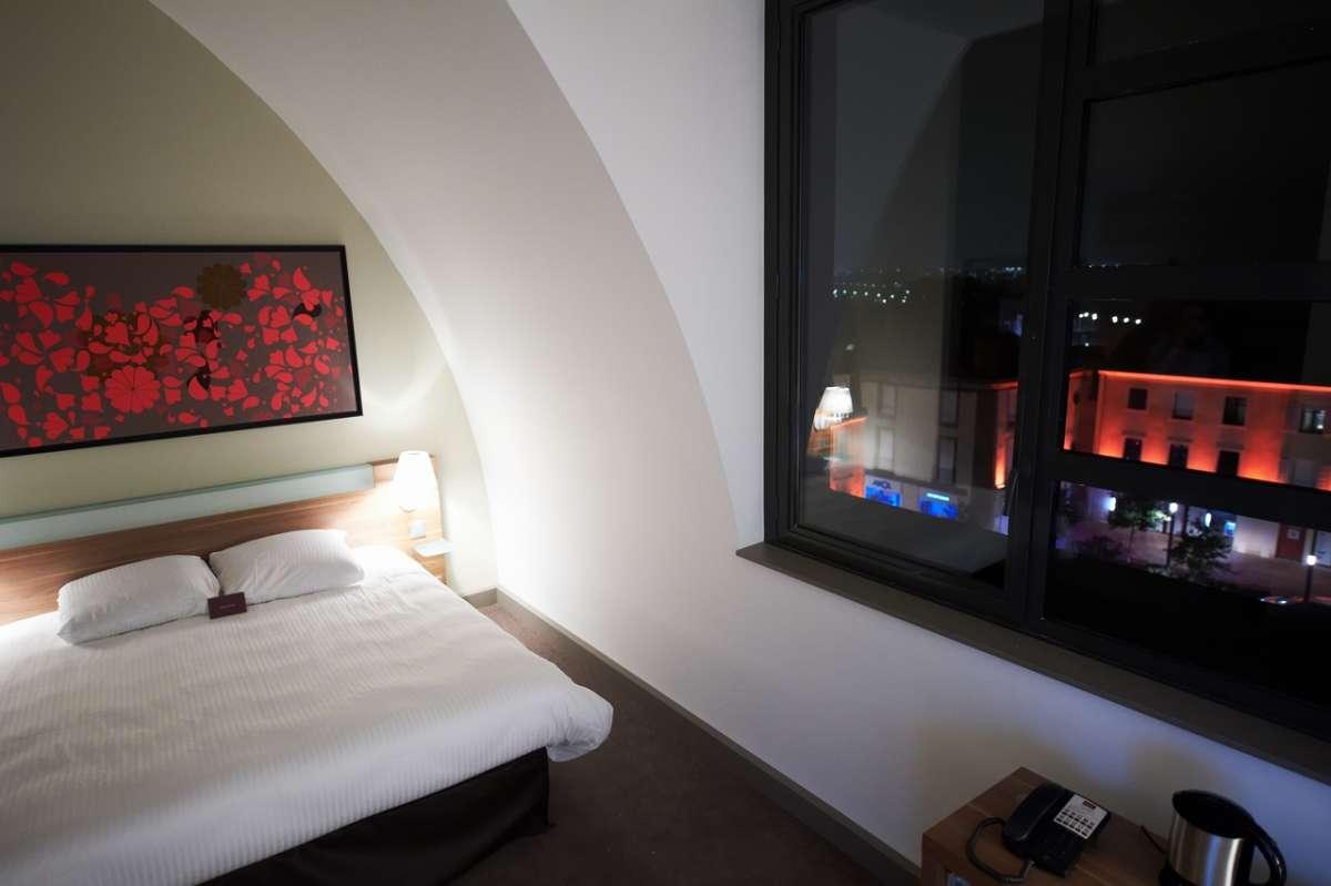 Cholet tourisme réserver un hébergement office de tourisme hotel chambre hote gite meublé camping proches puy du fou