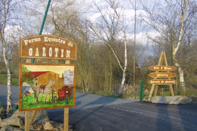 camping-ferme-equestre-le-garotin-trementines-49-1582154