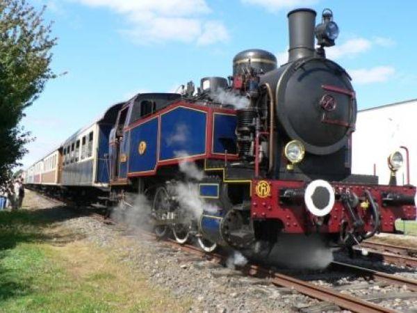 train-a-vapeur-chemin-de-fer-de-vendee-85