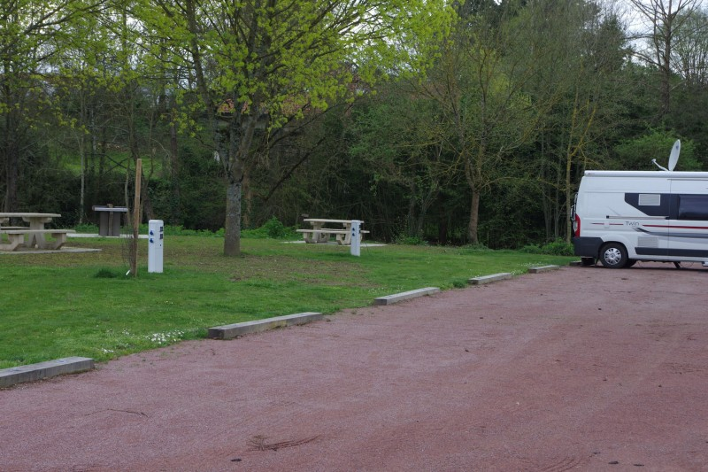 aire-de-camping-car-park-la-séguinière2