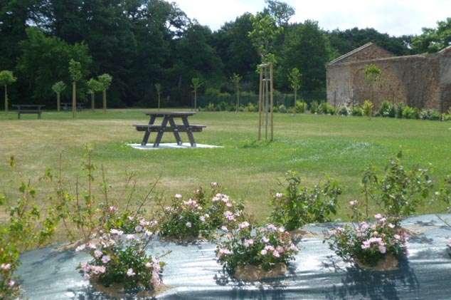Cholet tourisme aire de pique-nique la bâtisse St Léger sous Cholet