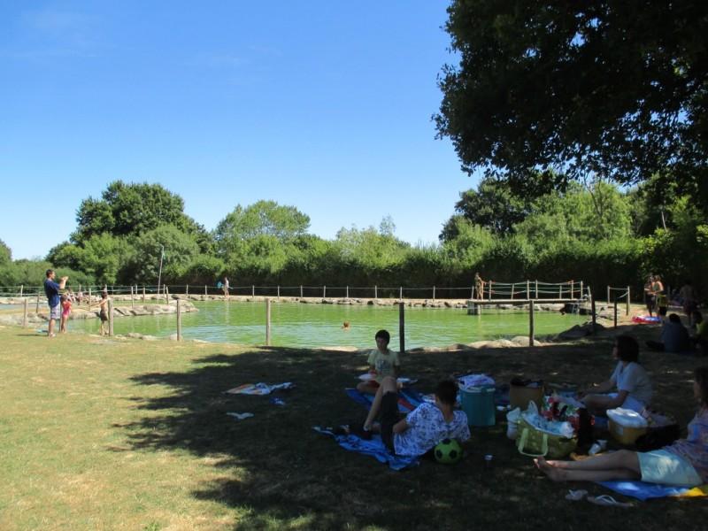 Plan d 39 eau de la fontaine de boisdon jeux enfants baignade p che st paul du bois 49310 - Office du tourisme de cholet ...