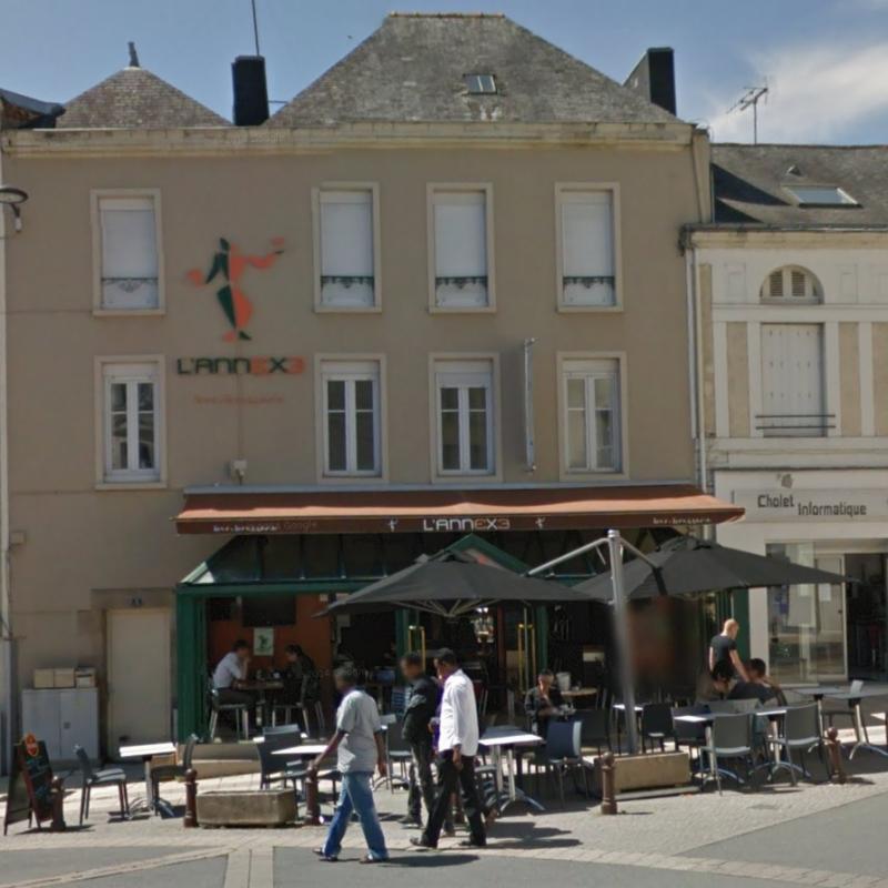 L 39 annexe bar bars pub bars de nuit cholet 49300 for Monsieur meuble cholet