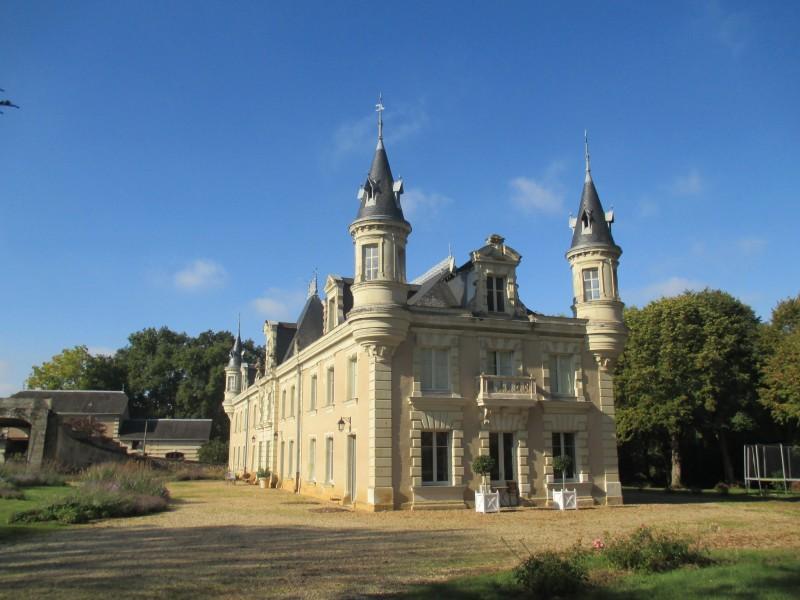 Cholet Tourisme Chambre d'Hôtes Château de Vaillé Rochereau Nueil-sur-Layon