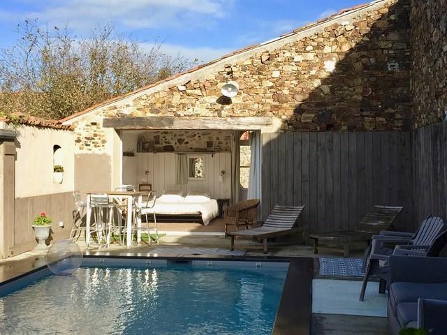 chambre-d-hotes-chez-sophie-et-jean-luc-gites-de-l-etang-des-nous-cholet-49b-2072104