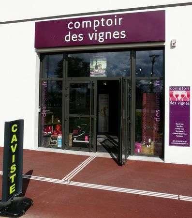 Comptoir des vignes cave cholet 49300 for Monsieur meuble cholet