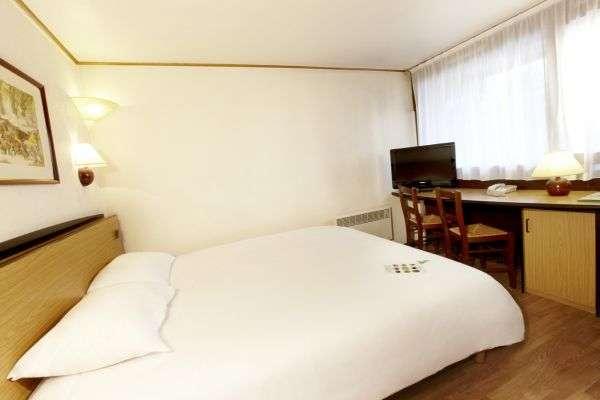hôtel-campanile-cholet-49