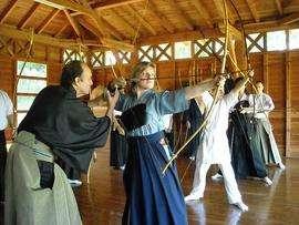 Cholet tourisme activités et loisirs association kyudo Maulévrier