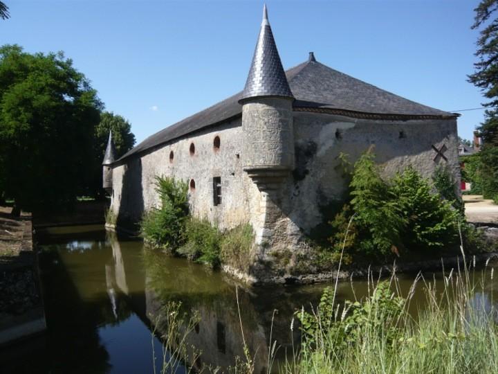 Cholet Tourisme Randonnée Pédestre La Fosse-de-Tigné Château de la Petite Ville Itinéraire Circuit