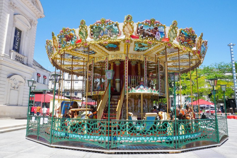 manege-carrousel-place-travot-cholet-49