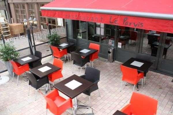 restaurant-le-parvis-cholet-49