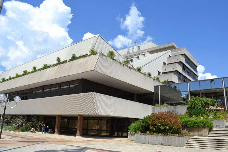 salle-des-expositions-de-l-hôtel-de-ville-cholet-49