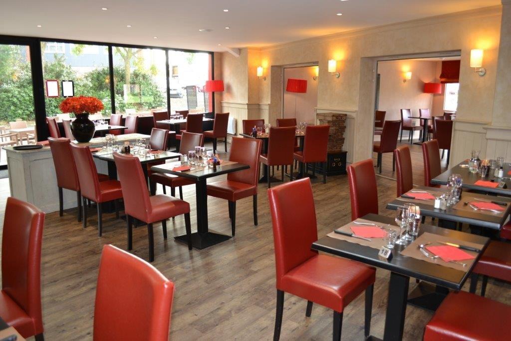 Carré Le RougeTraditionnel à Restaurant CHOLET49300 Yg6bfy7