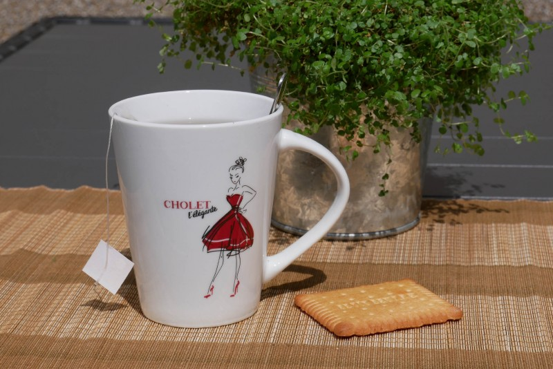 Cholet tourisme boutique Rouge Collection Surprenant Choletais mug